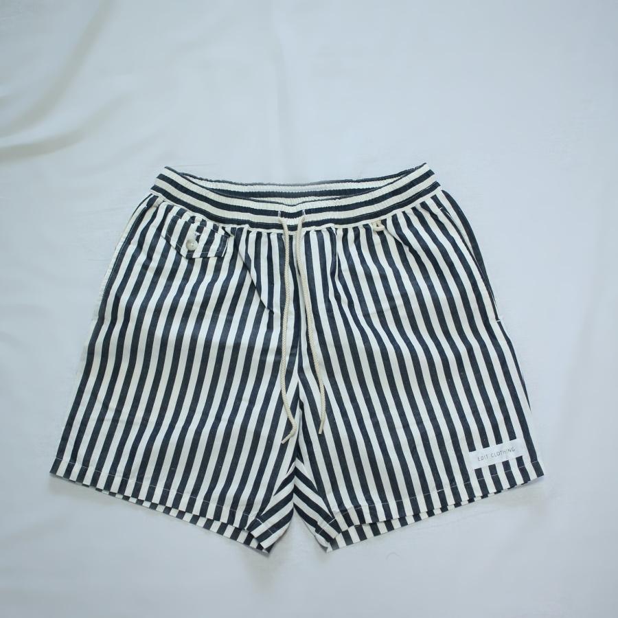 edit-stripeshorts