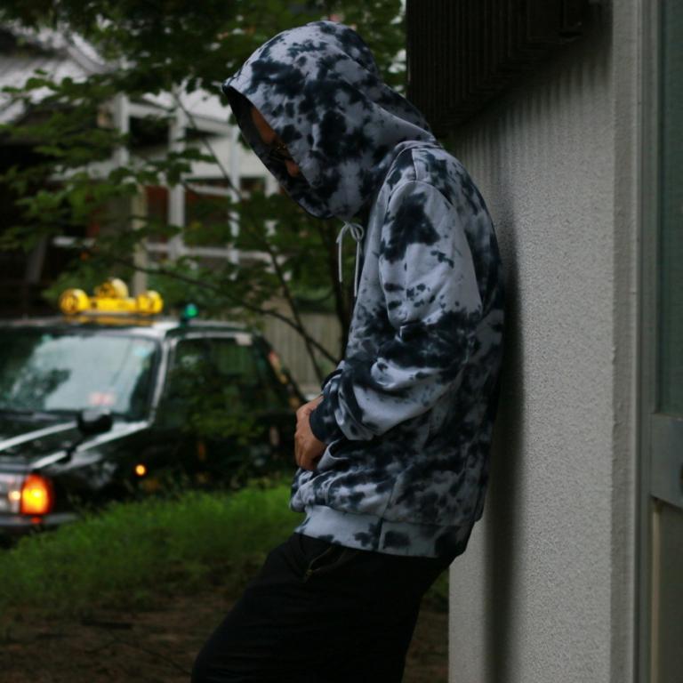 tpvs-skytiedye hoodie