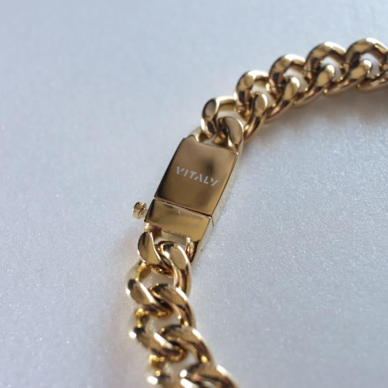 vitaly-kickback-gold