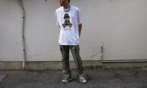 ドムレーベルのTシャツのコーディネート例 1